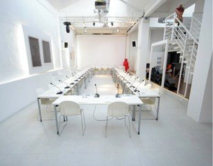Rest of the World seminar rooms Meeting room 10 Watt - Light Space image 3