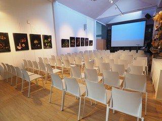 Rest der Welt training rooms Meetingraum 10 Watt - Yori Studio Space image 5