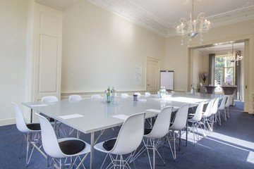 The Hague Train station meeting rooms Meeting room Huize Koningin image 0