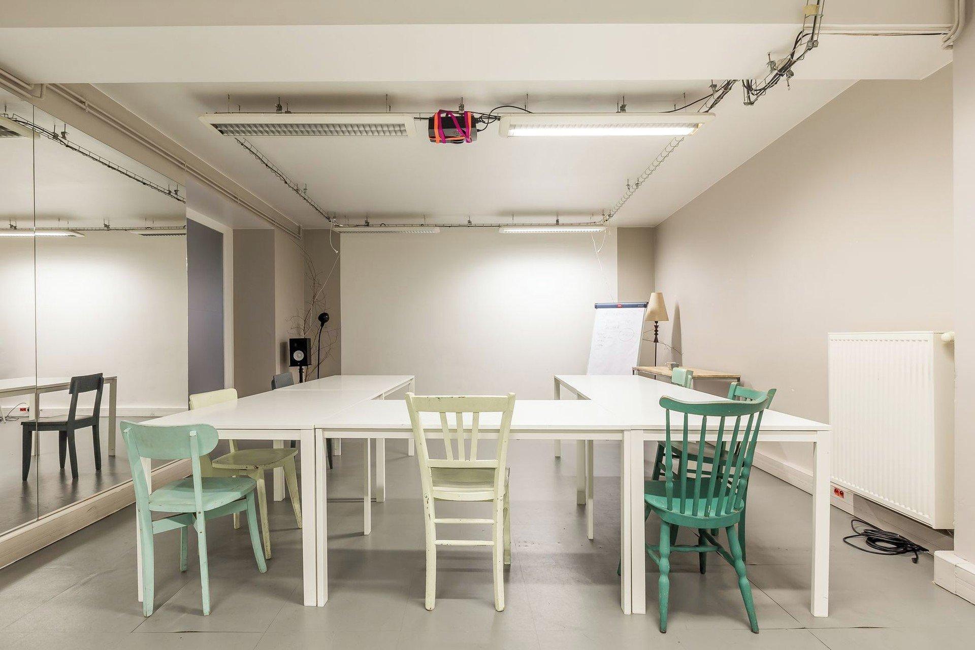 Paris Espaces de travail Meetingraum Be Coworking La Jonquière - Millepied image 0