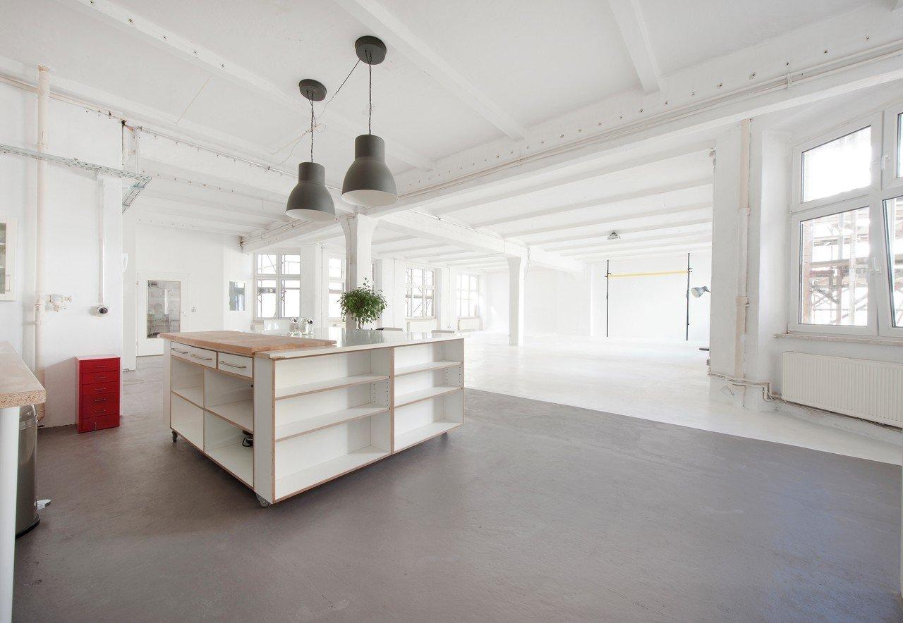 Berlin workshop spaces Photography studio Kastanienstudio image 1