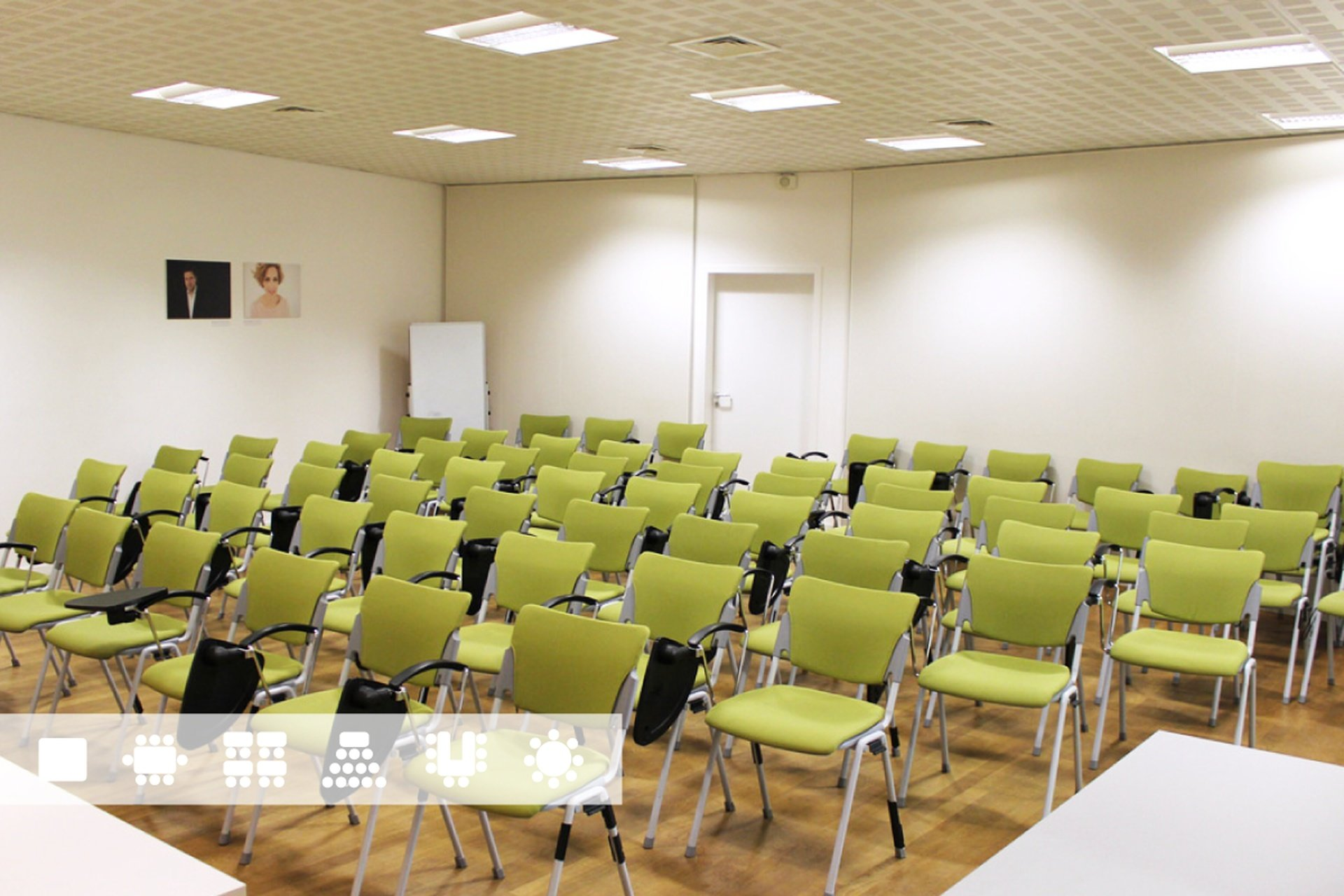 Paris training rooms Coworking space Studios Singuliers - Conference Room image 0