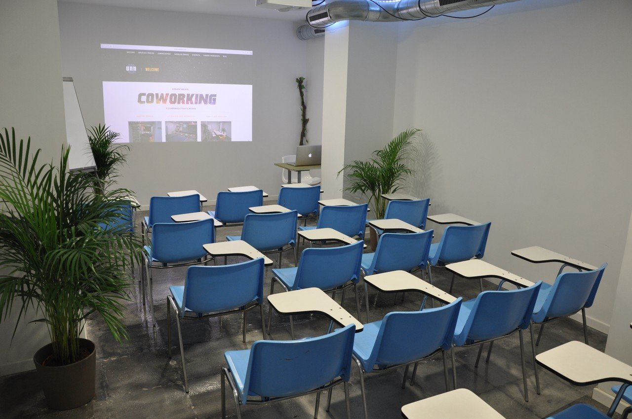Barcelona conference rooms Coworking Space Unnatural Space - Meeting Room image 1