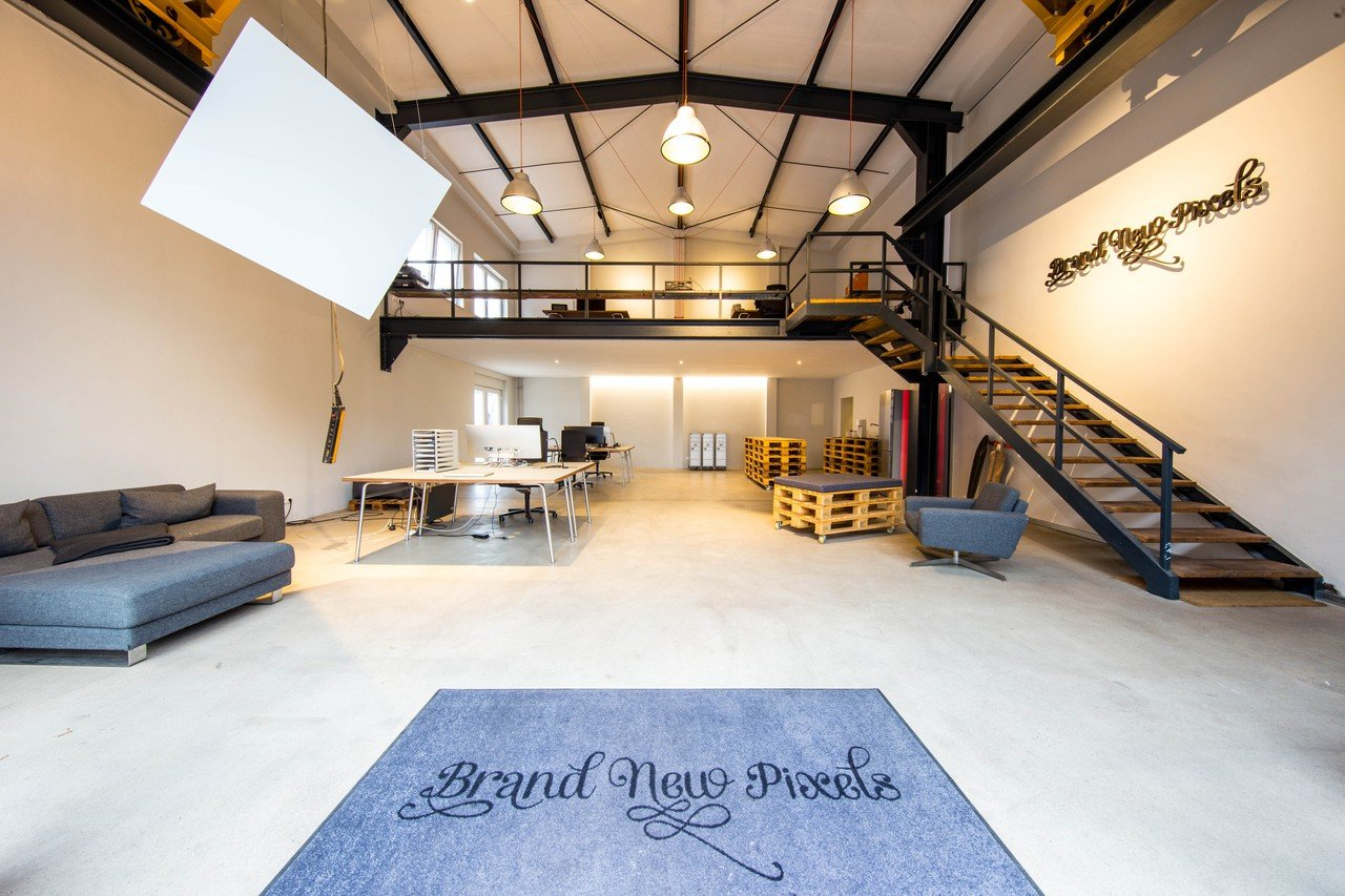 Köln workshop spaces Industriegebäude BrandNewPixels image 0