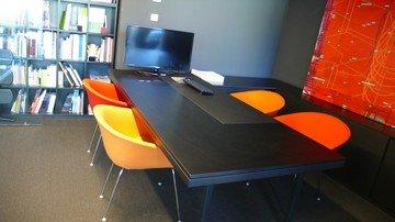 Bilbao conference rooms Vergaderruimte Sala Negra image 0