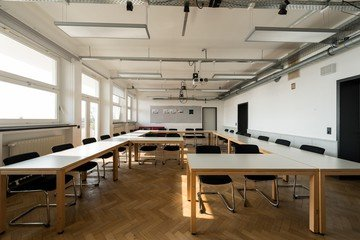 Hamburg training rooms Salle de réunion Design Factory International - Room 03 image 1