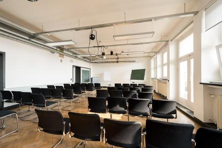 Hamburg training rooms Meetingraum Design Factory International Raum 03 image 3