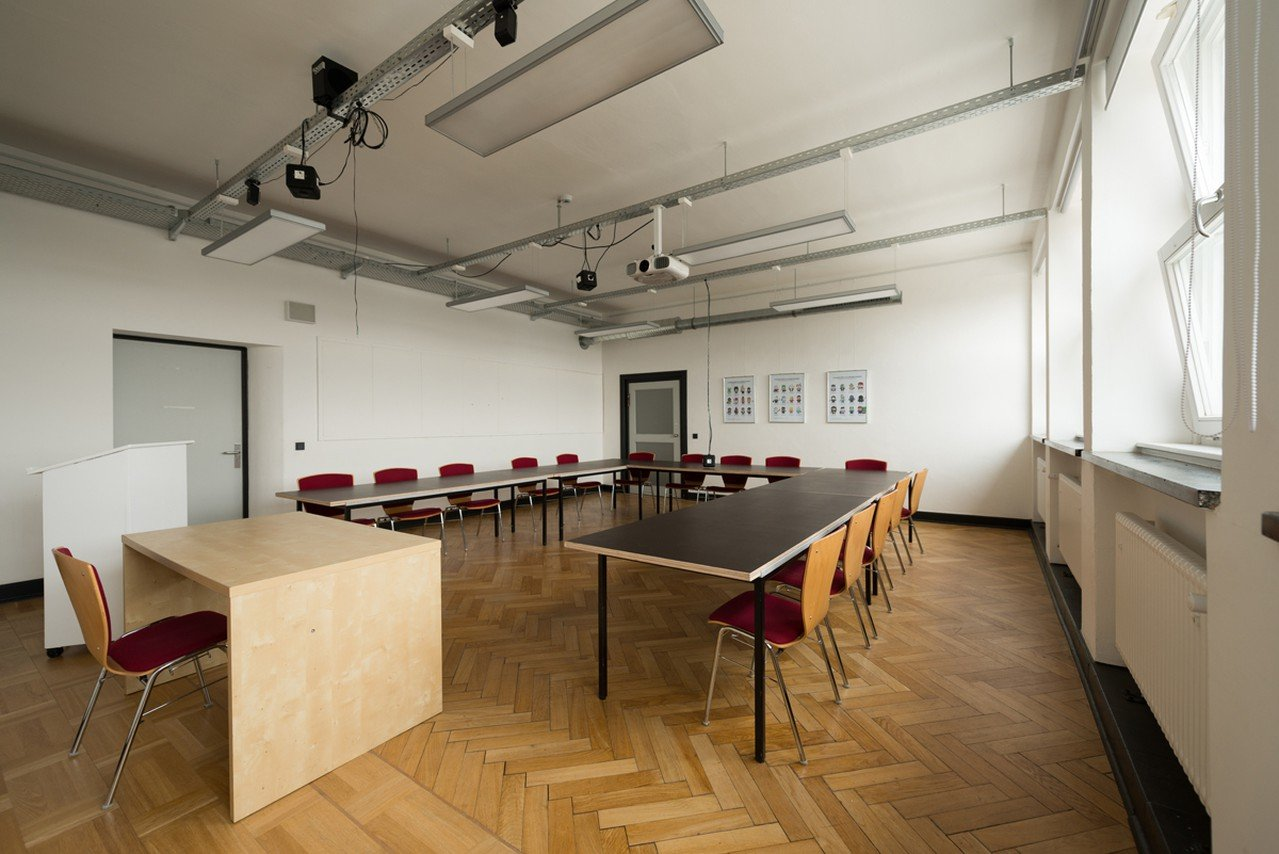 Hamburg training rooms Salle de réunion Design Factory International - Room 06 image 1