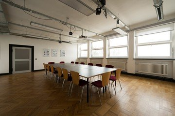 Hamburg training rooms Salle de réunion Design Factory International - Room 06 image 4