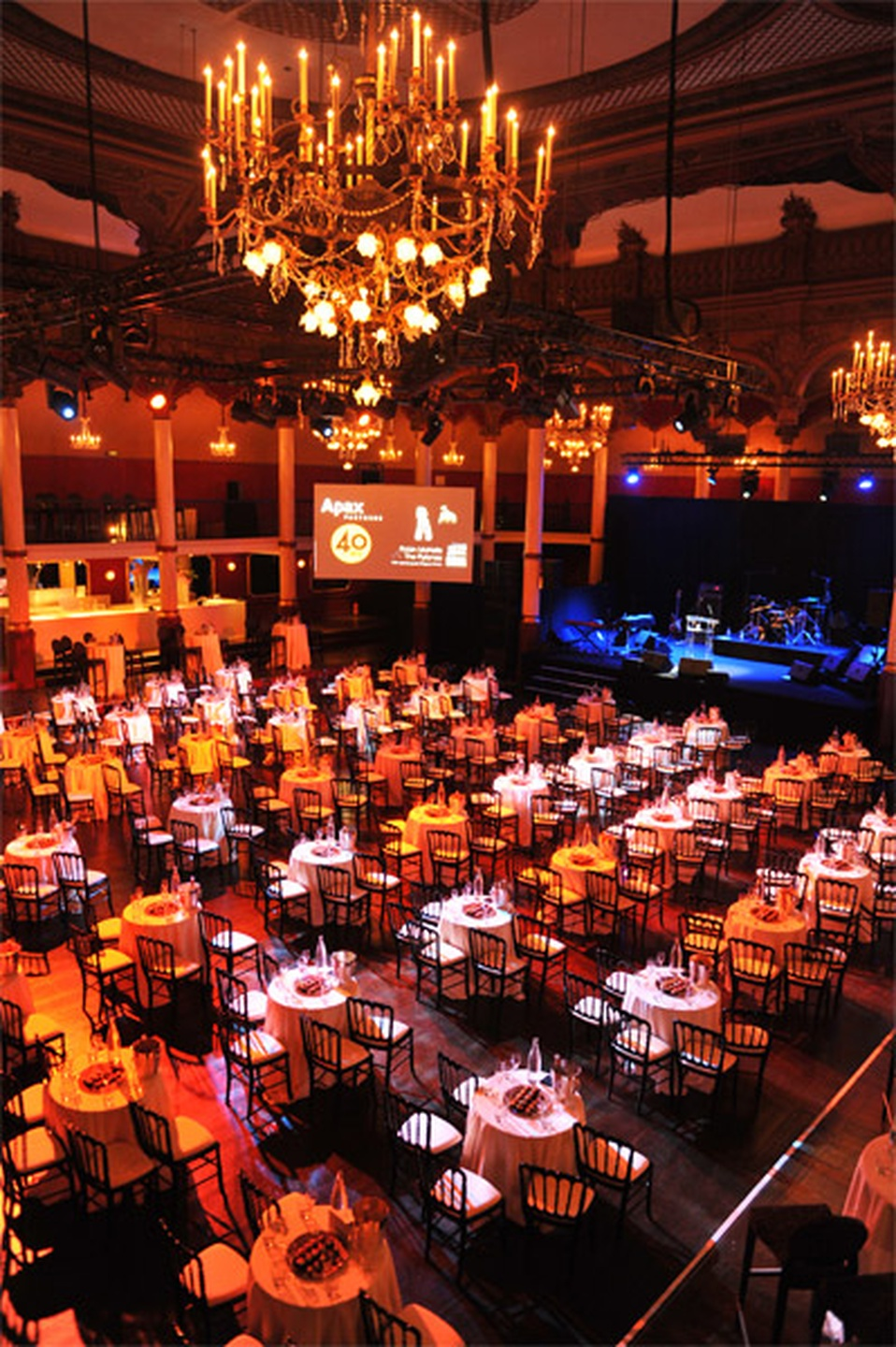 Paris corporate event venues Party room Salle Wagram image 2