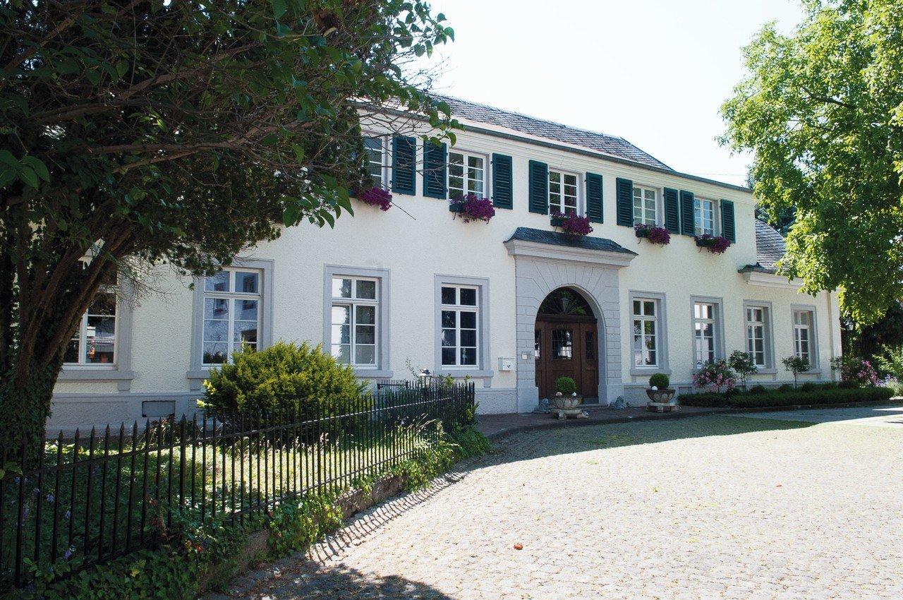 Francfort seminar rooms Lieu historique Hotel Karolingerhof Dormitorium image 0