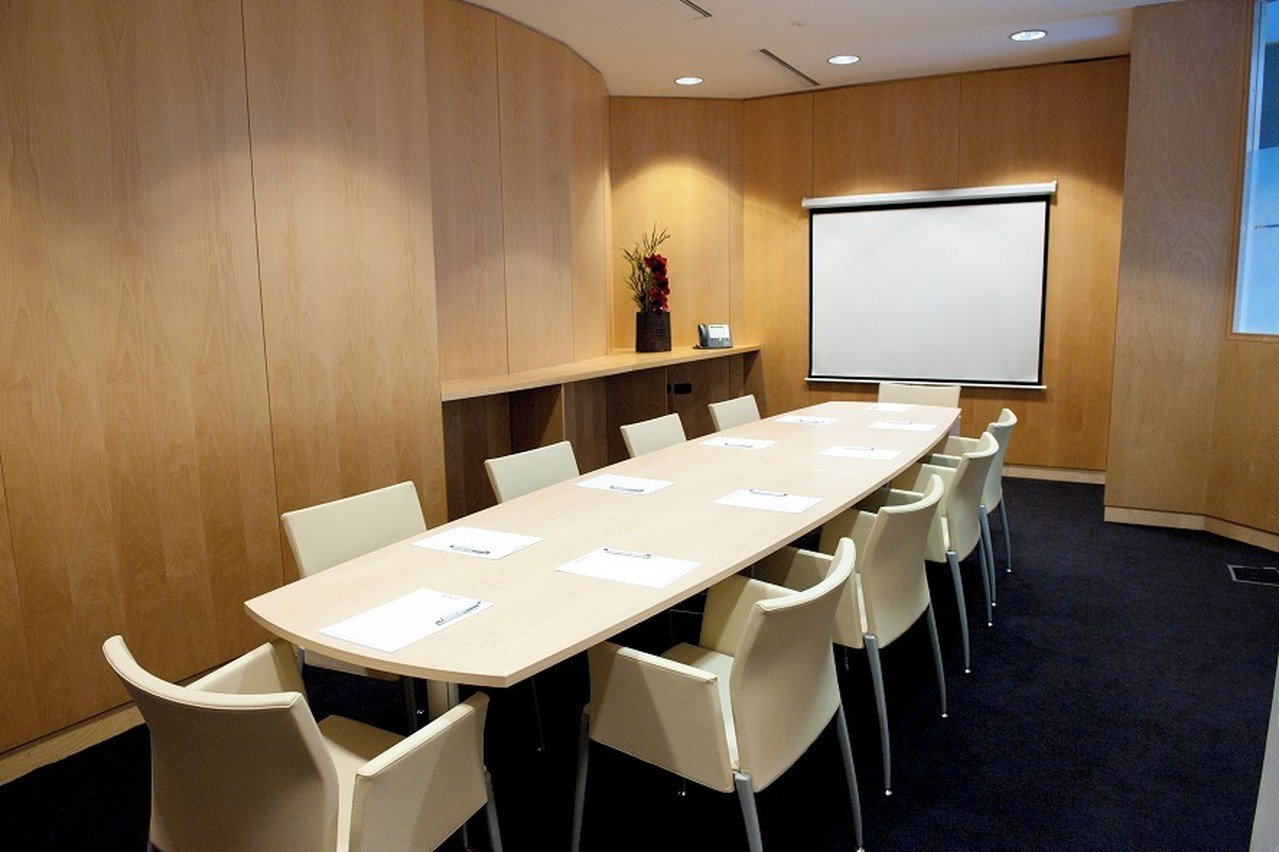 Paris corporate event venues Meetingraum SERVCORP - Edouard VII Conference Center - Shangai Meeting room image 1