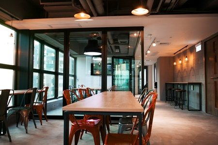 Hong Kong workshop spaces Meetingraum TusPark Workhub Causeway Bay - Conference Room image 0