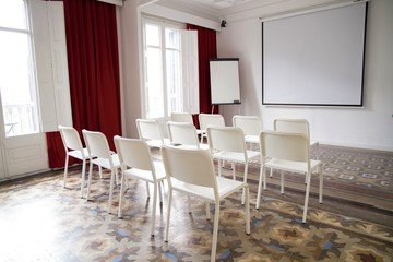 Barcelona workshop spaces Screening room Sala Mosaic image 0