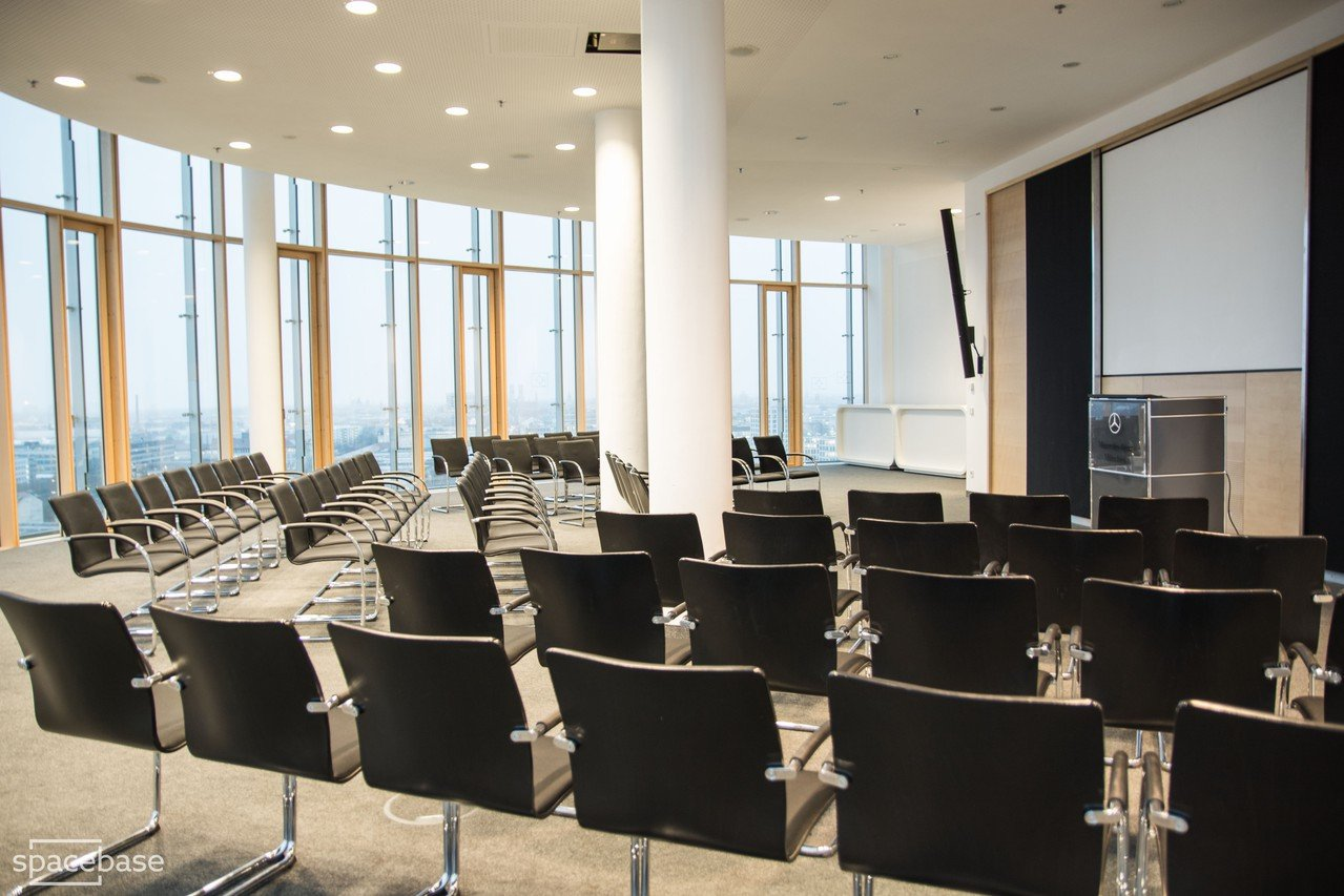 München seminar rooms Meetingraum 360 grad tower Munich  conference room image 6