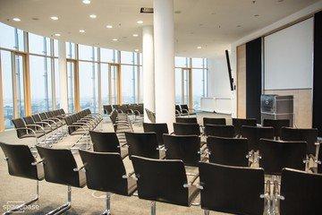 Munich seminar rooms Salle de réunion 360 grad tower Munich large conference room image 6
