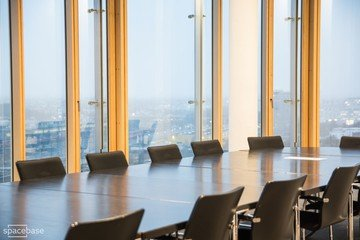 Munich training rooms Salle de réunion 360 grad tower small conference room image 3