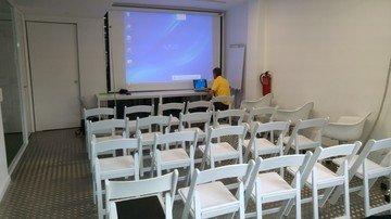 Barcelona workshop spaces Meetingraum Start2bee Verdi Park Guell image 4