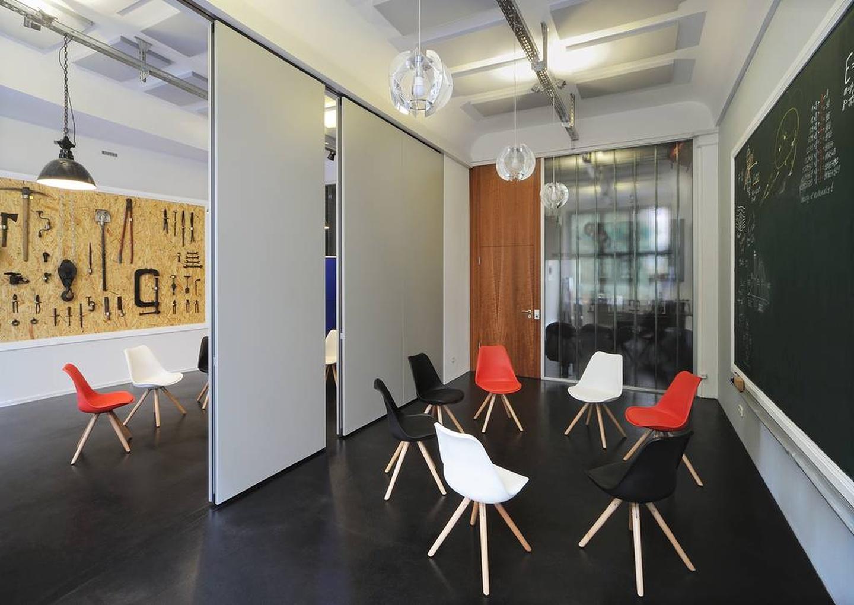 Berlin Meetingraum am Hauptbahnhof Coworking space Meeet AG Mitte - Room Think image 1