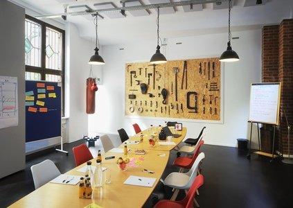 Berlin Train station meeting rooms Coworking space Meeet AG Mitte - Room Work image 5