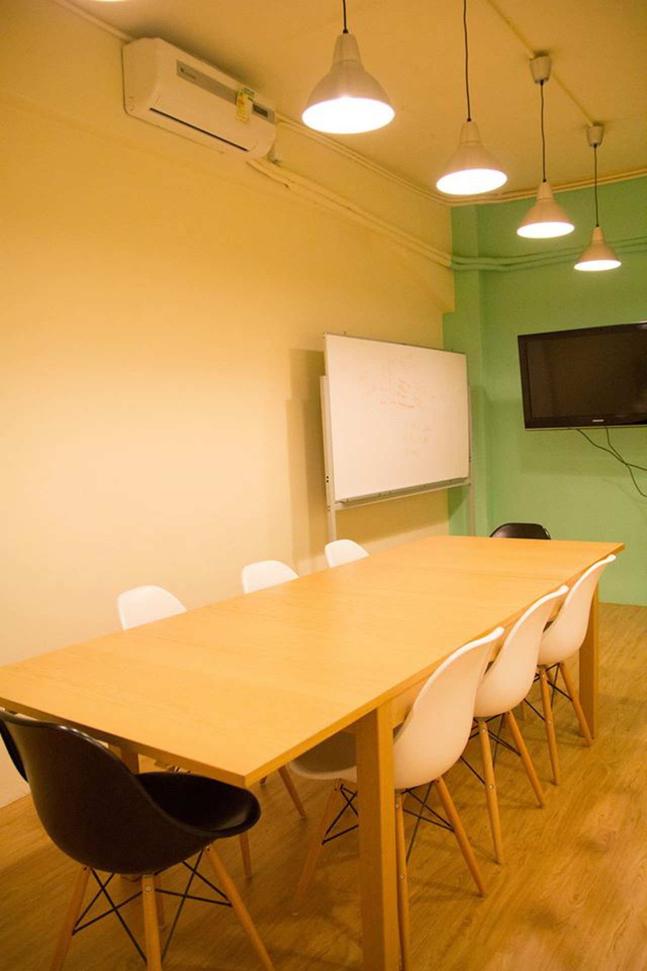 Hong Kong conference rooms Meetingraum Retro Spot - Meeting Room image 10