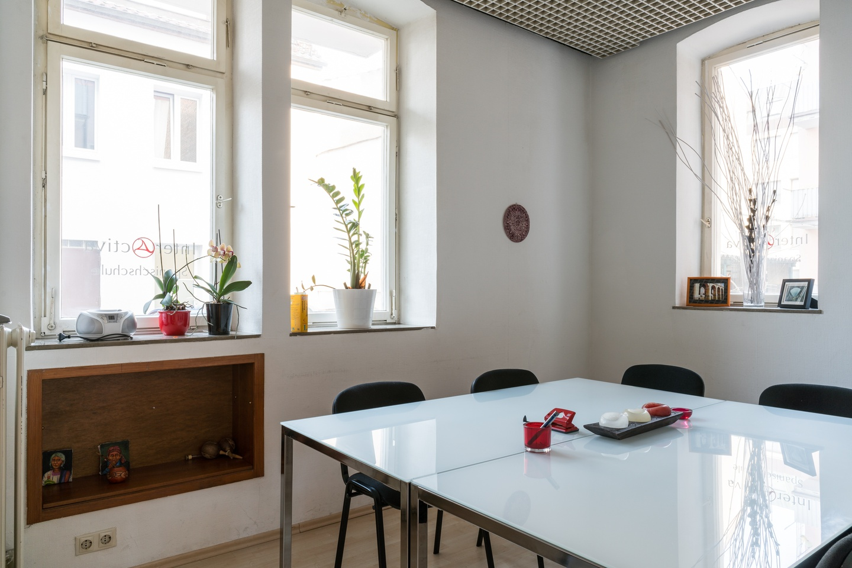 Stuttgart conference rooms Meetingraum Interactiva - Raum 2 image 1
