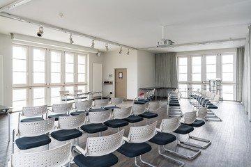 Stuttgart training rooms Meeting room Turmforum Bahnprojekt Stuttgart–Ulm image 2