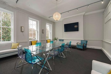 London conference rooms Meeting room The Drawing Room  at 13 Soho Square image 0