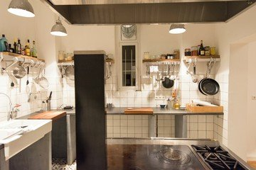 Stuttgart workshop spaces Restaurant Kitchen on fire image 5