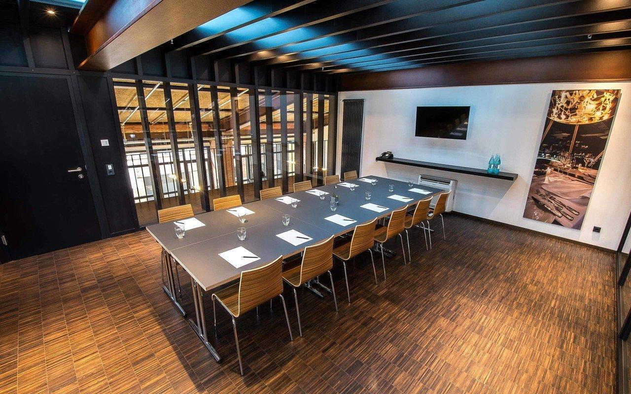 Stuttgart seminar rooms Lieu Atypique GOLDBERG[WERK] - Raum für Events  - meeting room 1 image 0