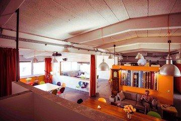 Hamburg workshop spaces Lieu industriel HONGKONG STUDIOS Hafencity image 2