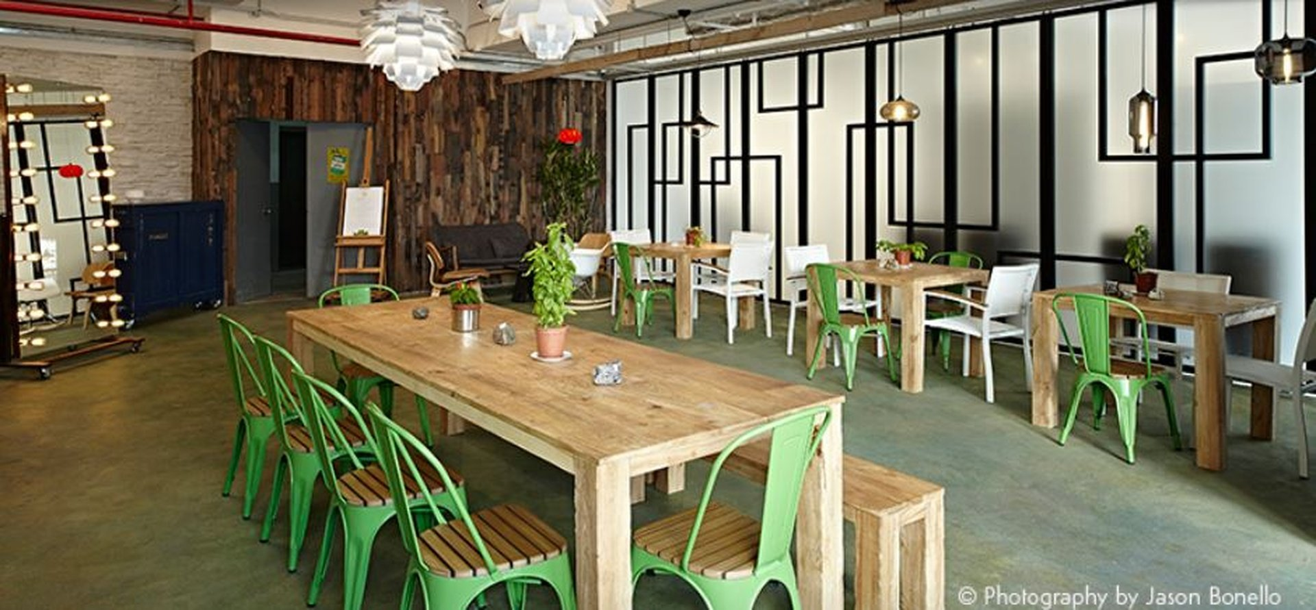 Hong Kong workshop spaces Restaurant Air Space Club - Dining Space image 0