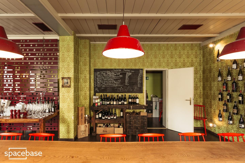 Nuremberg workshop spaces Restaurant Weinstockwerk image 1