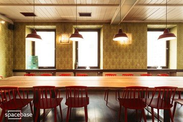 Nuremberg workshop spaces Restaurant Weinstockwerk image 2