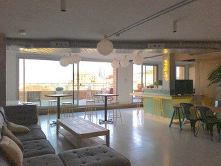 Barcelone training rooms Rooftop Cloud Coworking image 9