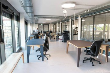 Francfort workshop spaces Espace de Coworking Coworking-M1 / Combination of different rooms image 3