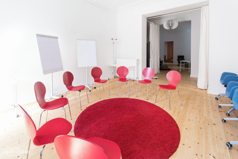Berlin workshop spaces Meetingraum Anton & Luisa - Whole Venue image 8