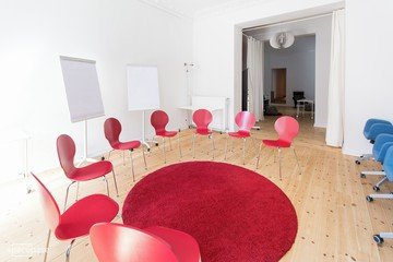 Berlin workshop spaces Meetingraum Anton & Luisa - Whole Venue image 8
