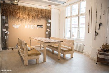 Berlin corporate event venues Espace de Coworking Ahoy! Berlin - Open Room image 6