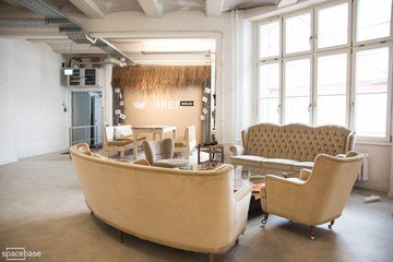 Berlin corporate event venues Espace de Coworking Ahoy! Berlin - Open Room image 9