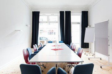 Berlin Train station meeting rooms Meetingraum Anton&Luisa -  Meetingraum image 0