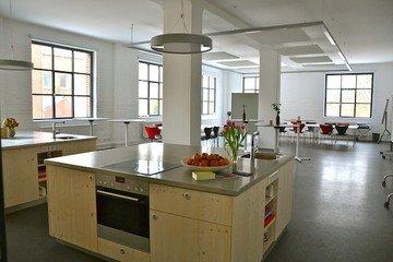 Hannover workshop spaces Meetingraum Schwanenburg - Loft mit Kochinseln image 0