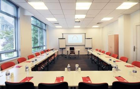Paris corporate event venues Meeting room ESPACE LA ROCHEFOUCAULD image 7