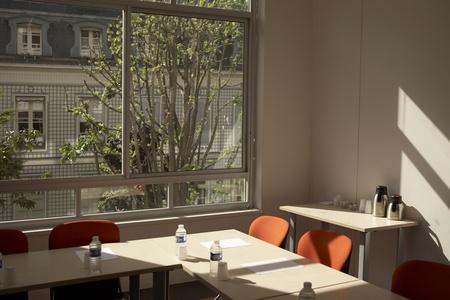 Paris corporate event venues Meeting room ESPACE LA ROCHEFOUCAULD image 4