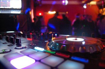 Berlin corporate event venues Salle de réception Rooster image 0