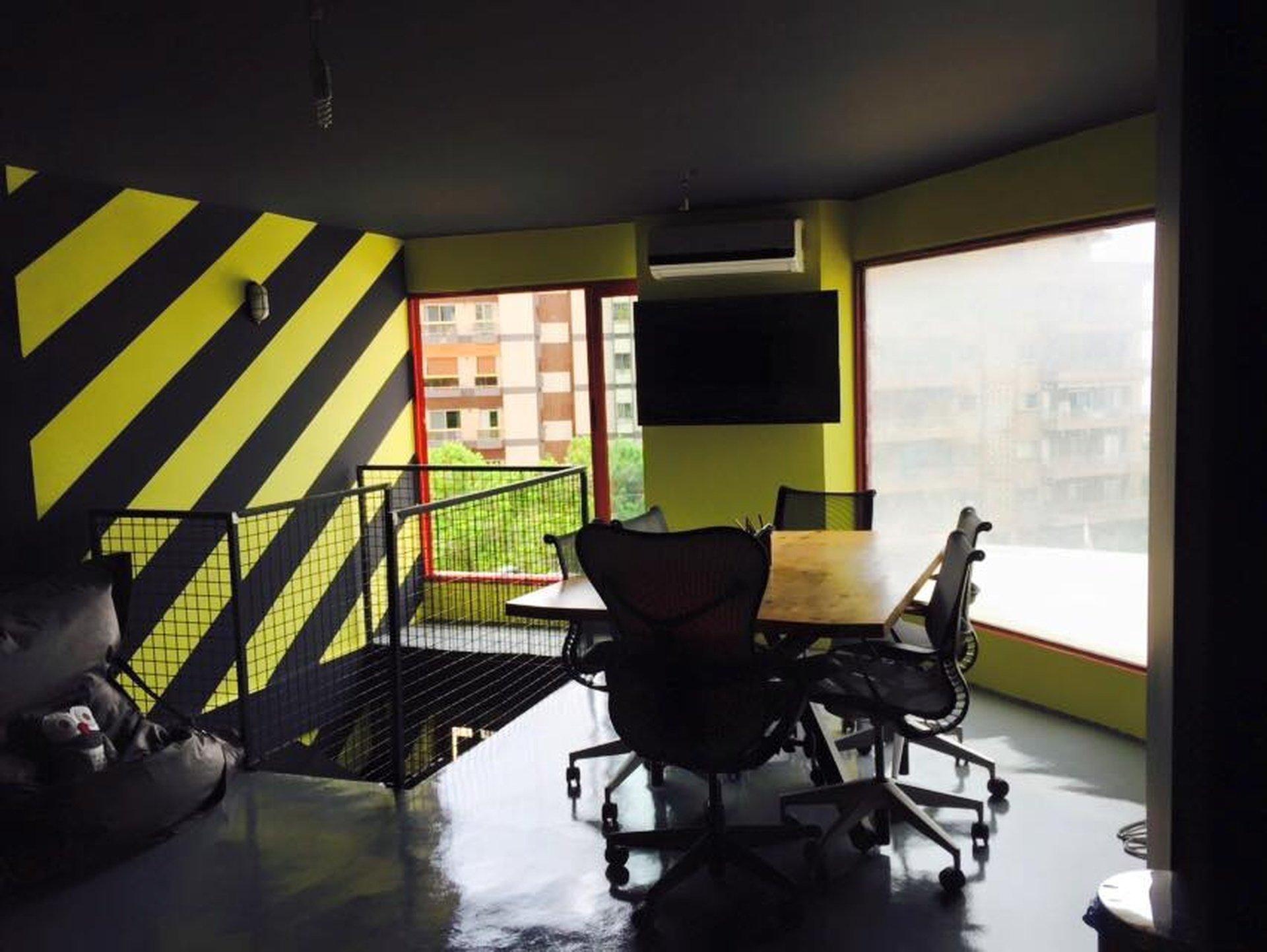 Autres villes training rooms Salle de réunion workart image 0