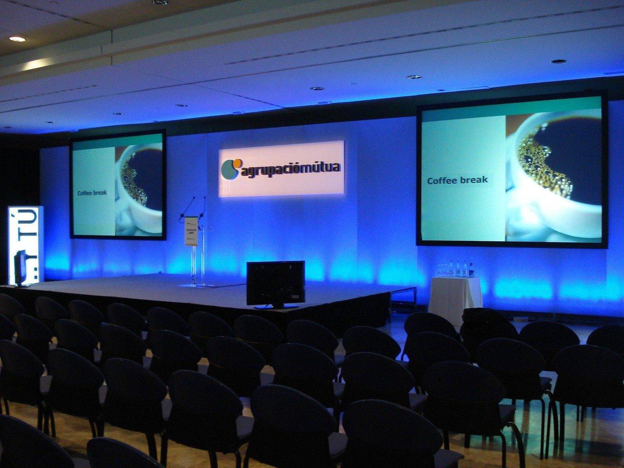 Barcelone seminar rooms Salle de réunion Agora 816 m2 meeting room image 1