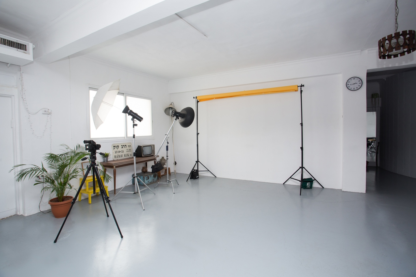 Tel Aviv workshop spaces Salle de réunion Spacious  photographers loft for events and meetings image 2