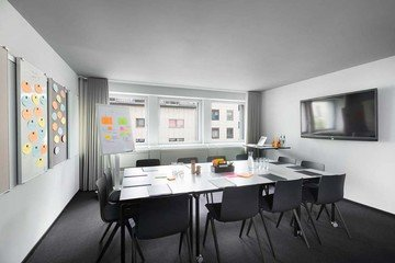 Francfort Train station meeting rooms Salle de réunion Design Offices Frankfurt Westend - Project Room image 5