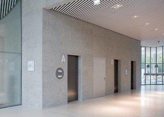 Düsseldorf seminar rooms Meeting room Sky Office Düsseldorf - Boardroom image 4